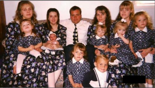 mormonesPoligamia.png