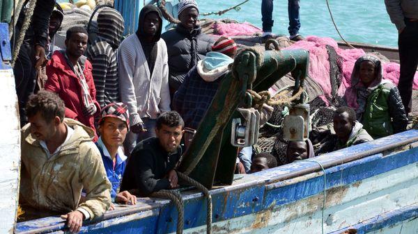 pateras-inmigrantes.jpg