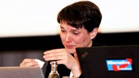Frauke-Petry-Afd-derecha-populista-llorando.jpg