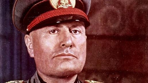 Mussolini-perfil.jpg