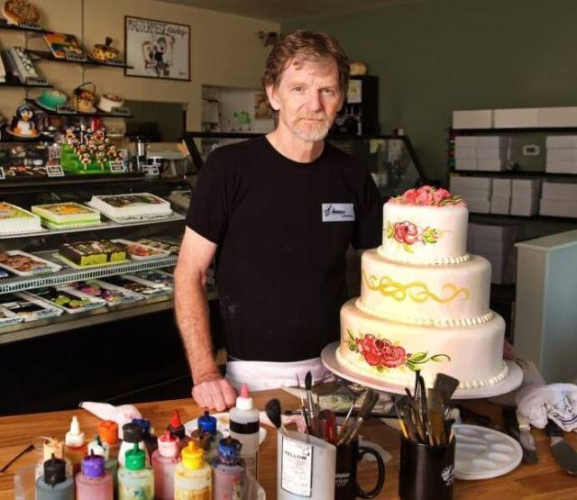 pastelero-denunciado-por-no-hacer-tartas-gays.jpg